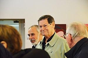 Haim Yavin - Image: Zucky Crystal exhibition for the memory of Hanna Zemer חיים יבין וברוך אסקרוב (8356717681)