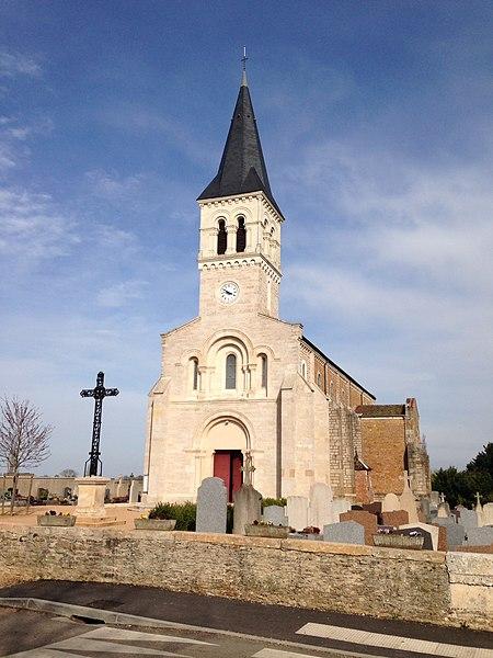Église du village de Cruzilles-lès-Mépillat