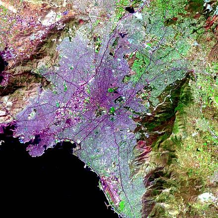 The Athens Urban Area within the Attica Basin from space E Athena apo psela.jpg