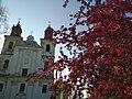 Богородчанський Костел навесні.jpg