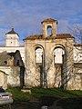 Дзвіниця костелу бернардинцiв в Ізяславі.jpg