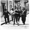 המאורעות בארץ ישראל 1938 - ירושלים פינוי של יהודי שנדקר-PHL-1088093.png
