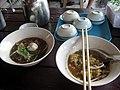 ก๋วยเตี๋ยวเส้นเล็กต้มยำ(อร่อยมาก)-Spicy Noodle - panoramio.jpg