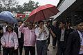 นายกรัฐมนตรี เดินทางเยี่ยมผู้ได้รับบาดเจ็บจากดินถล่มแล - Flickr - Abhisit Vejjajiva (2).jpg