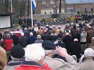 First Division 7 December - Image: 05 12 2008 herdenking 7 december divisie