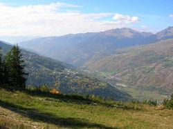Vue de la vallée depuis les hauts de Peisey-Nancroix.