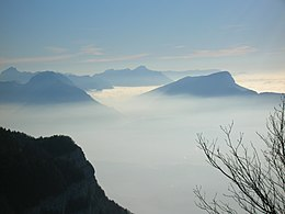 0511 - Moutains above clouds.JPG