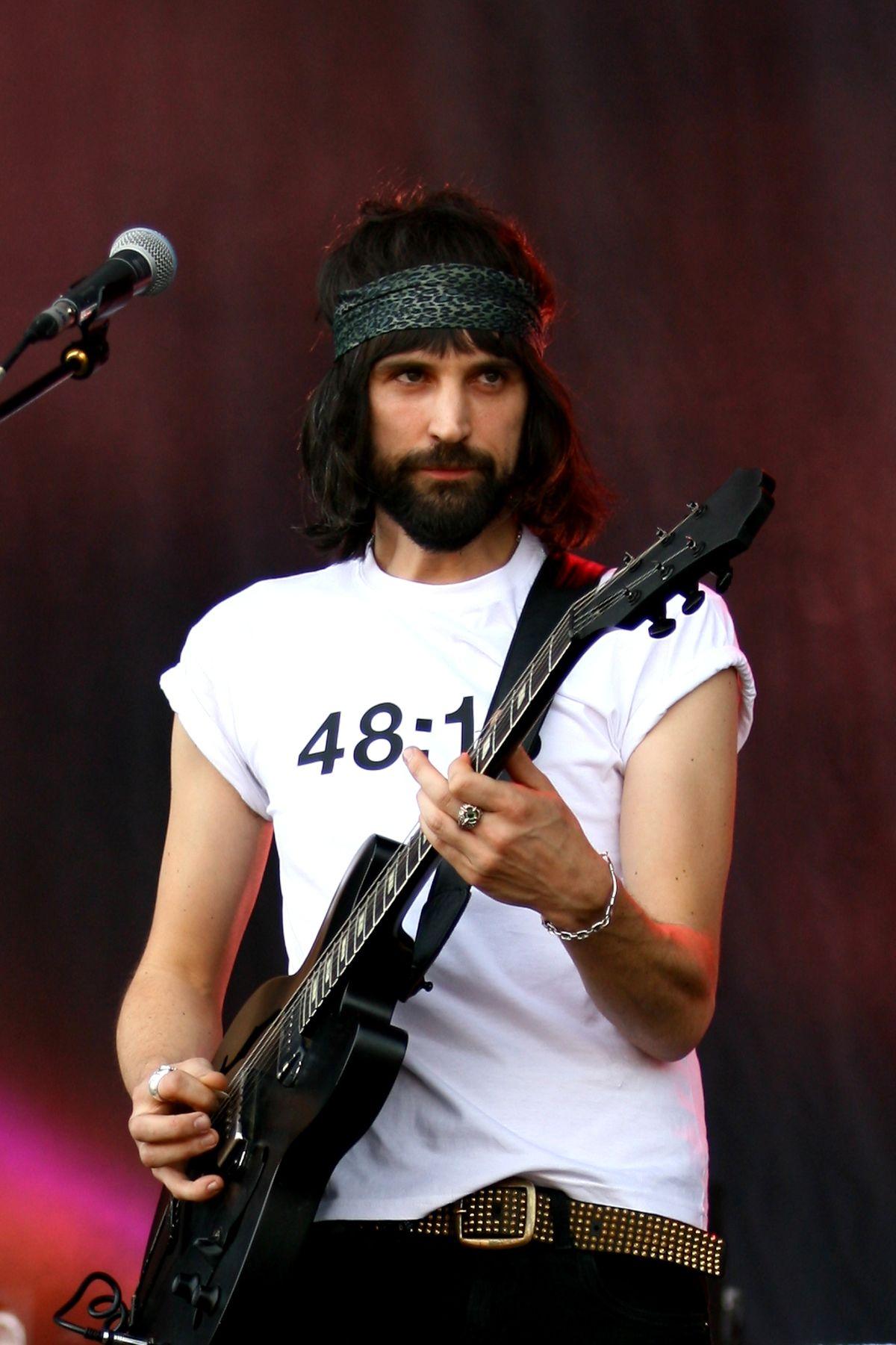 Sergio Pizzorno - guitar genius of the group Kasabian 91