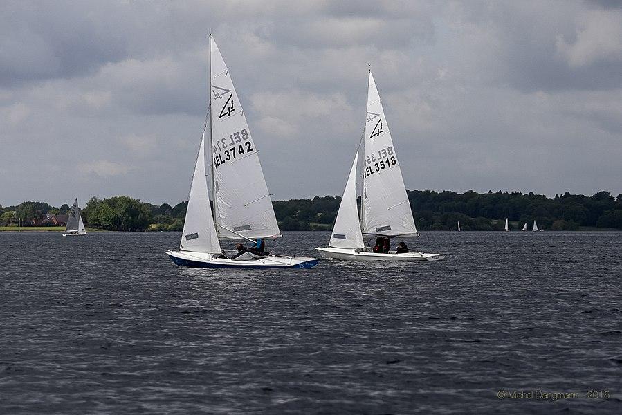 17052015_f15_Trophee_Ch_Bertels_1er_Manche_01Flying Fifteen sailboats at the 2015 Trophée Charles Bertels (Charles Bertels Trophy) in Belgium.