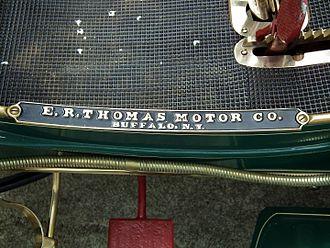 Thomas Motor Company - Image: 1902 Thomas Model 17 tonneau (6712847545)