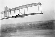 1903-1902-Wright-glider-with-twin-tail.jpg