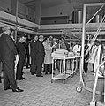 1966 visite de Mr Edgar Faure sénateur du Jura au CNRZ-10-cliche Jean Joseph Weber.jpg