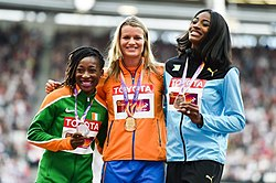 200 m women podium London 2017.jpg