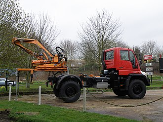 Modular design - The modular design of the Unimog offers attachment capabilities for various different implements.