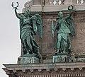 2014-12-12 Fguren auf der neuen Burg - Vienna -by Hu - 5857.jpg