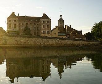 Seurre - 14th-century Saint-Martin Church and Saône River