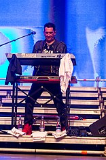 2015332225543 2015-11-28 Sunshine Live - Die 90er Live on Stage - Sven - 1D X - 0517 - DV3P7942 mod.jpg