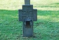 2017-09-28 GuentherZ Wien11 Zentralfriedhof Gruppe97 Soldatenfriedhof Wien (Zweiter Weltkrieg) (043).jpg