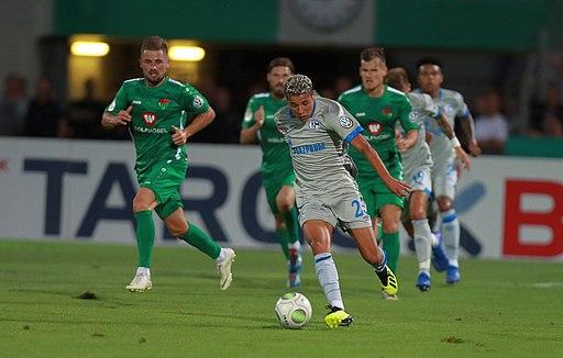 2018-08-17 1. FC Schweinfurt 05 vs. FC Schalke 04 (DFB-Pokal) by Sandro Halank–167