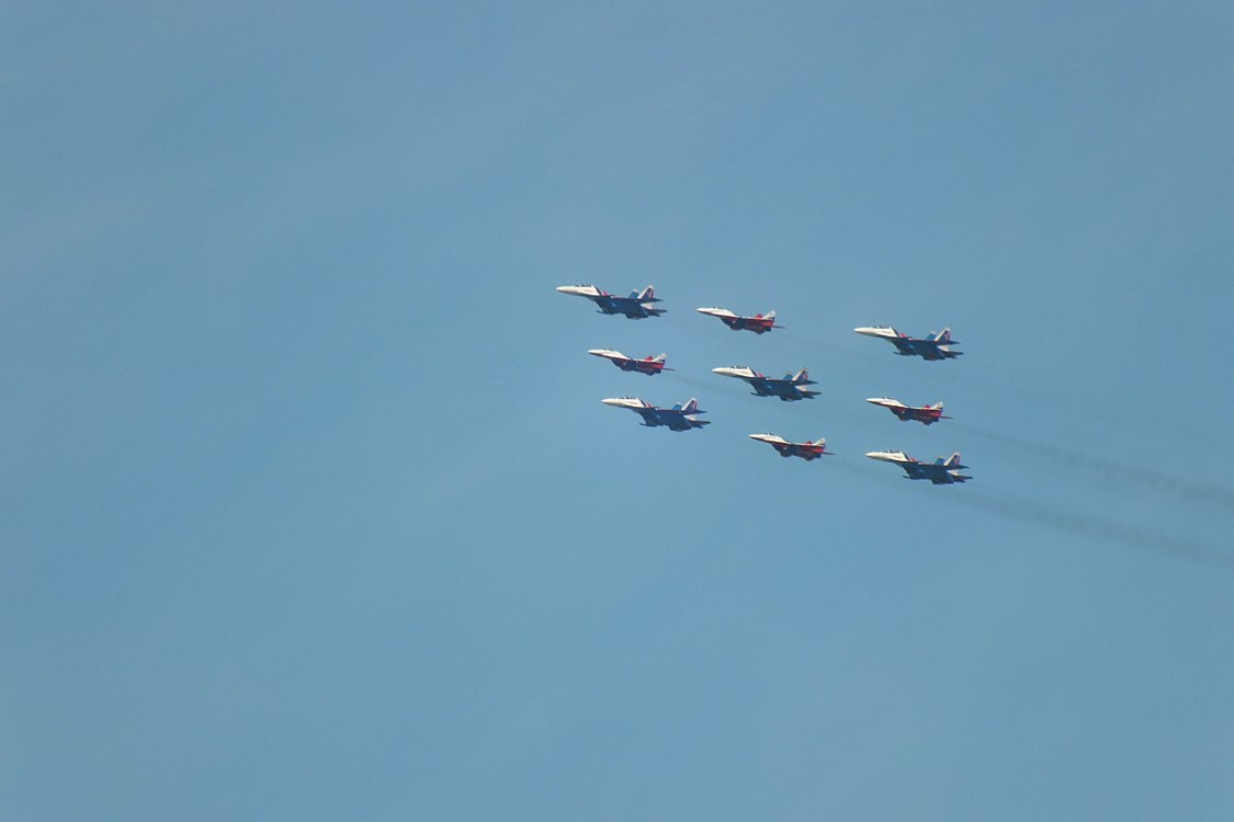 2018 Moscow Victory Day Parade flypast in Brateyevo District (04).jpg