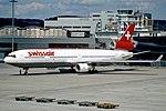 Le McDonnell Douglas MD-11 impliqué dans l'accident (HB-IWF), ici photographié à l'aéroport international de Zurich, un mois et demi avant la catastrophe.