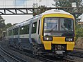 466005 and a 465 Victoria to Orpington 2M26 (15607402092).jpg