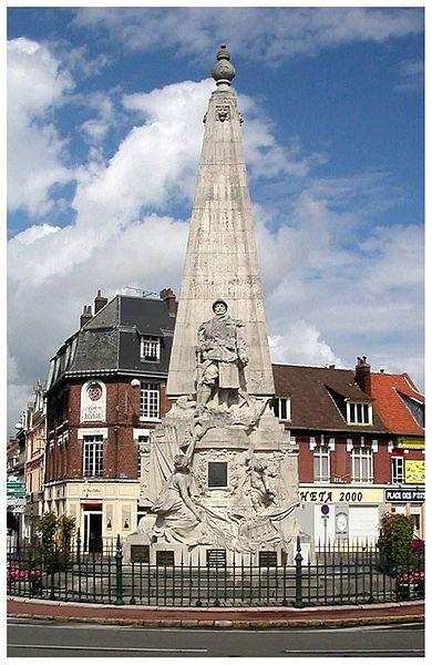 Monument aux Morts - Place du Général de Gaulle, 59 Armentières