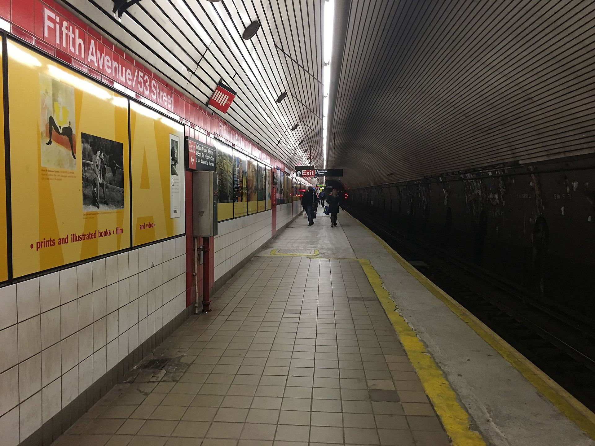Fifth Avenue 53rd Street Ind Queens Boulevard Line