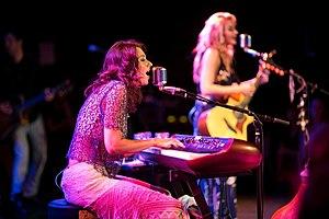 Aly & AJ - Image: 78VLive Roxy