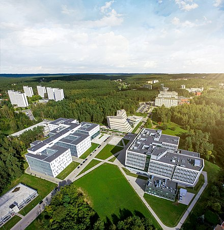 Scientific centres and universities faculties in the Sunrise Valley APC centrai.jpg