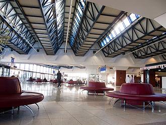 Houari Boumediene Airport - Image: Aeroport Houari Boumediene IMG 1381