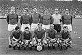 Ajax tegen ADO 2-1. Elftal Ajax Pronk, Vasovic, Hulshoff, Duivenbode, Bals, Suu, Bestanddeelnr 921-3889.jpg