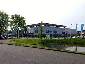 Albert Heijn - A large Albert Heijn store in Alkmaar.