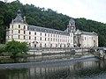 Ancienne abbaye Saint-Pierre.JPG
