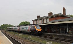 Andover - CrossCountry 220022 diverted to Bournemouth.JPG