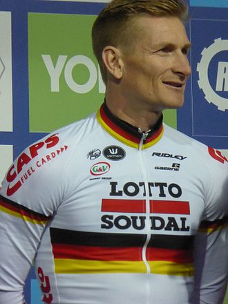 André Greipel - Greipel, wearing the German national champion jersey, at the 2016 Tour of Britain.