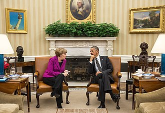Head of government - Chancellor Angela Merkel of Germany and President Barack Obama of the United States meet in 2015.