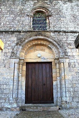 Anisy - Image: Anisy église Saint Pierre portail
