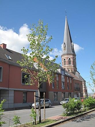 Antoing - Image: Antoing, toren van de l'église Saint Pierre foto 5 2013 05 09 11.23