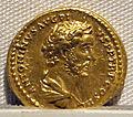 Antonino pio, aureo, 138-161 ca., 01.JPG
