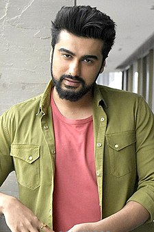 Arjun Kapoor at film promotions of Mubarakan.jpg
