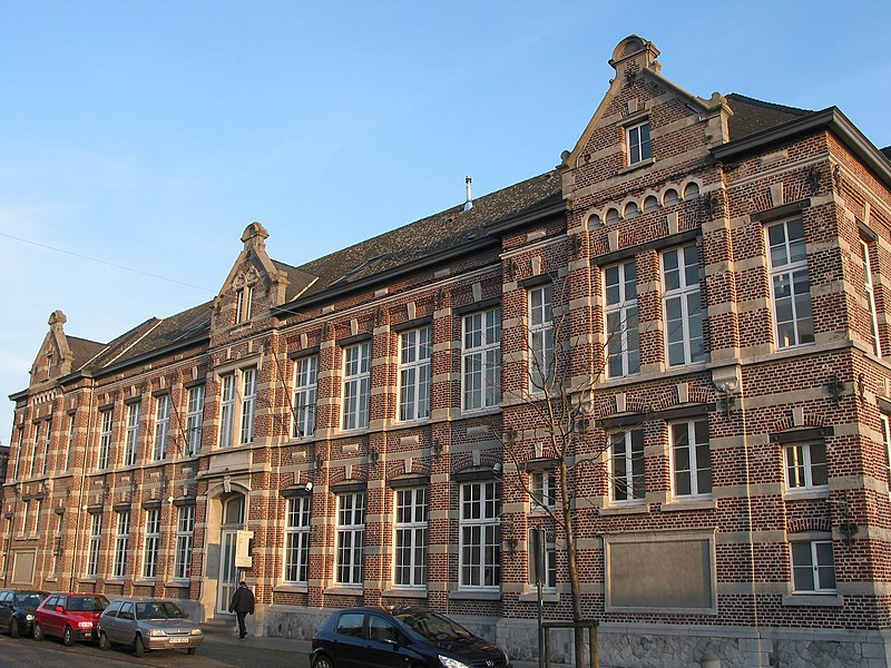 Ath  (Belgium), rue de Pintamont, 55 - Former girls elementary school and now Academy of Music.