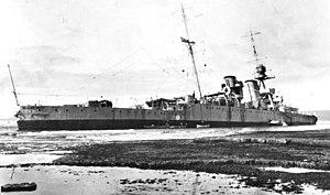 HMS Raleigh (1919) - Raleigh aground.