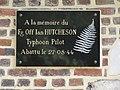 Auzebosc (Seine-Mar.) mairie, plaque Ian Hutcheson.jpg