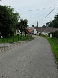 Avesnes - Rue de l'église.JPG