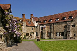 Aylesford Priory human settlement in United Kingdom