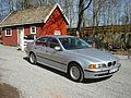 BMW 523i (2432674882).jpg