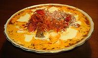 Borsch, sopa tradicional de Rusia, a base de repollo, tomate y remolacha.