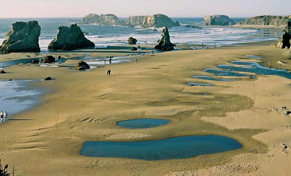 Bandon Oregon beach 2.jpeg