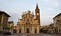 Basilica di San Giovanni Battista, Busto Arsizio.jpg
